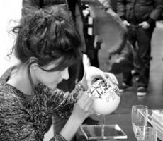 Claire Fanjul - Dessins sur oeufs d'autruche